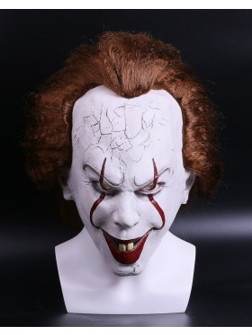 Pennywise the Dancing Clown Mask